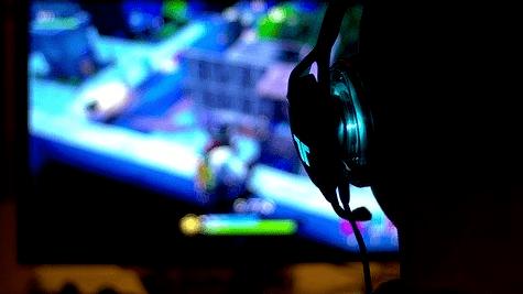Gamer-mit-Headset