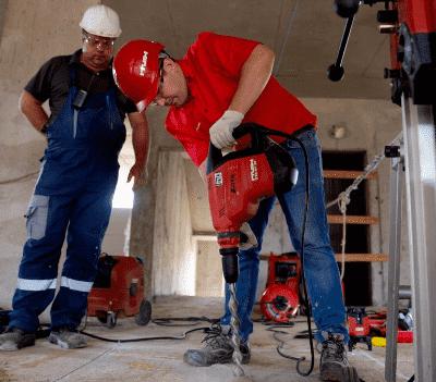 Schlagbohrmaschine für Beton